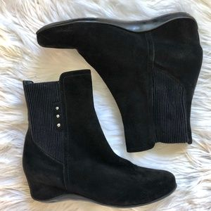 AQUATALIA Black Suede Wedge Ankle Boots Womens 6.5